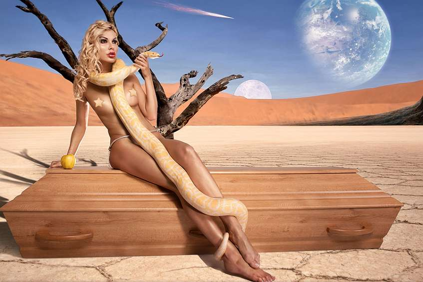 sexy nude women with snake
