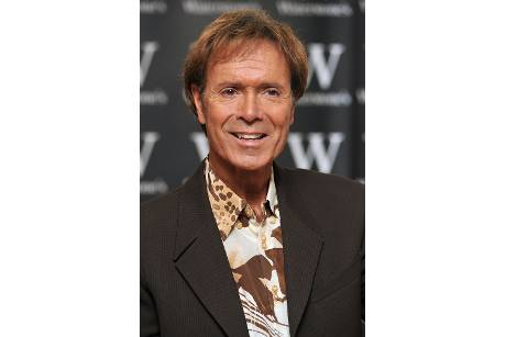 Cliff Richard feiert 70. mit Familien-Dinner