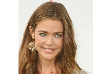 Denise Richards zeigt ihr Baby