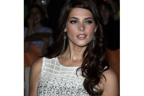 Ashley Greene ist DKNY-Werbegesicht