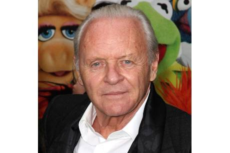 "Anthony Hopkins bald in ""R.E.D. 2"" zu sehen?"