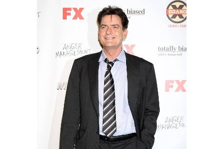 "Charlie Sheen will Jones für ""Anger Management"""