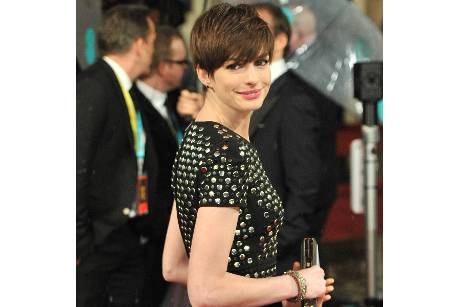 Anne Hathaway in London ausgebuht!