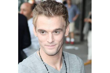 Aaron Carter von New Kids on the Block-Fans verprügelt