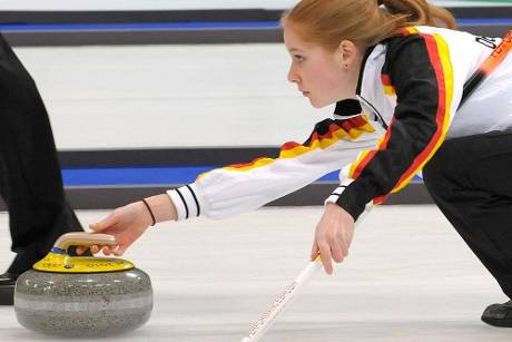 Curling-WM: Skip Driendl führt Frauen-Team in Japan an