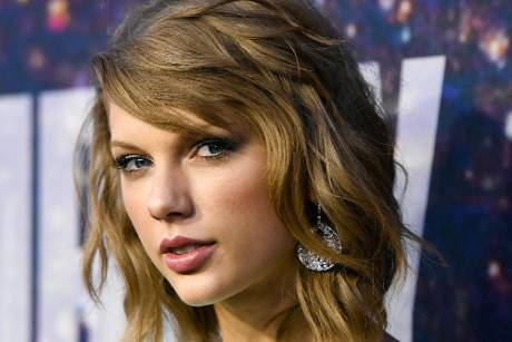 Taylor Swift bei einem Event am Rockefeller Plaza in New York
