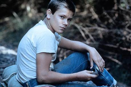 """River Phoenix in """"Stand By Me"""" (1986)"""