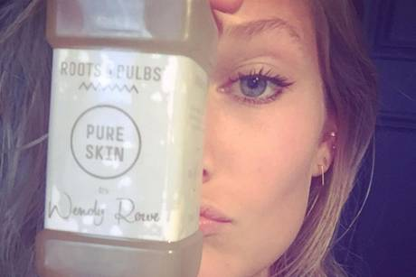 Topmodel Toni Garrn liebt den Beauty-Drink