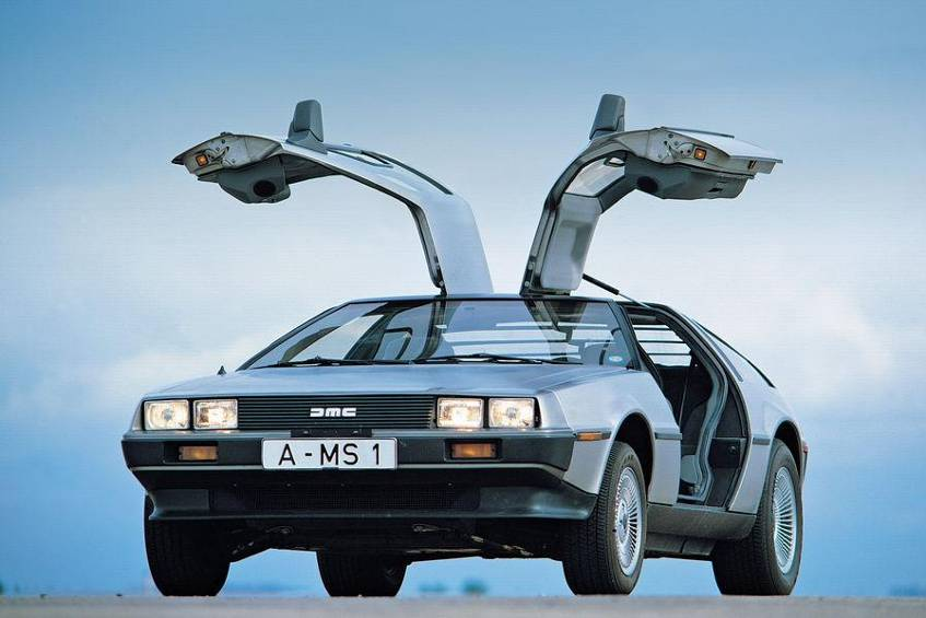 delorean das ist das kult auto aus zur ck in die zukunft neuheiten. Black Bedroom Furniture Sets. Home Design Ideas