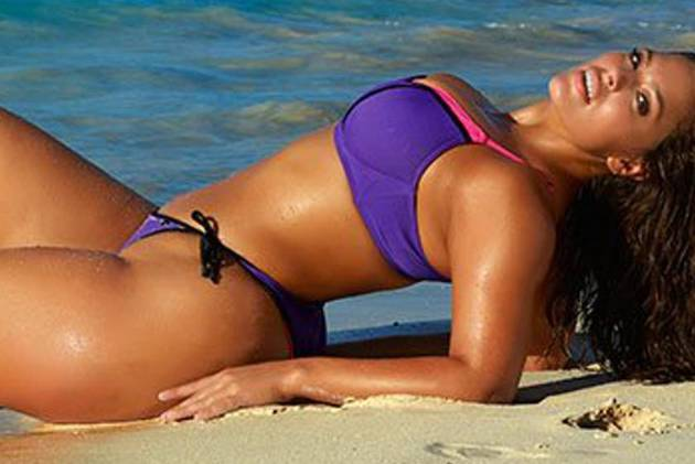 "Plus-Size-Model Ashley Graham posiert für ""Sports Illustrated"""