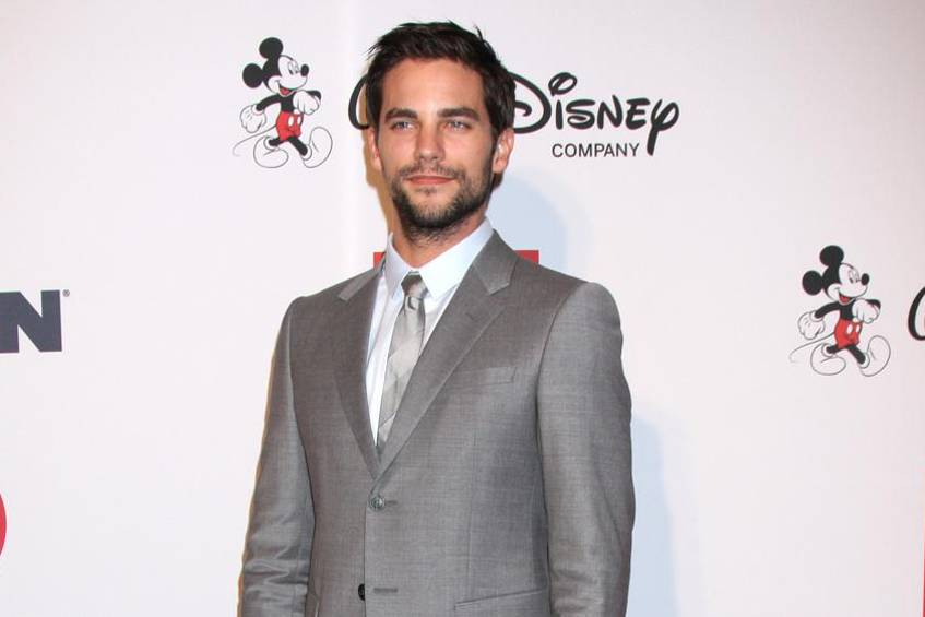brant daugherty st t zum shades of grey cast. Black Bedroom Furniture Sets. Home Design Ideas