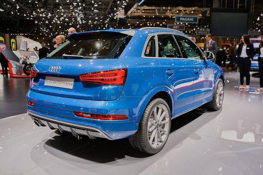 Neuer Audi Rs Q3 Performance In Genf 2016