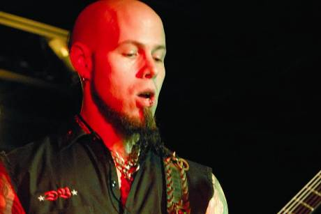 "C.J. Pierce von Drowning Pool sucht derzeit den ""America's Got Talent""-Rock-Opa"