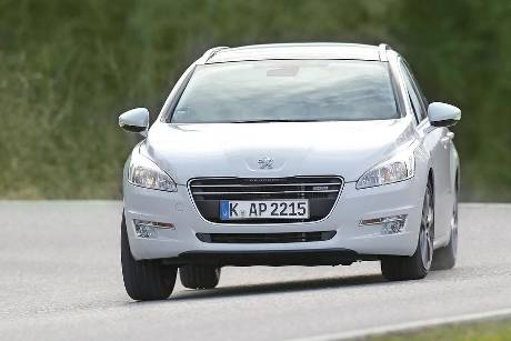 Peugeot 508 SW Blue HDI 180, Frontansicht