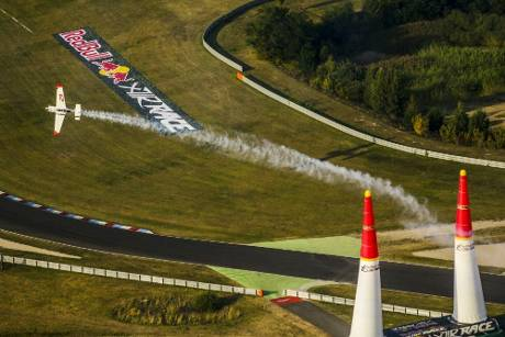 Red Bull Air Race: Dolderer im Qualifying Achter