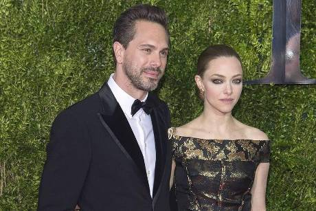 Amanda Seyfried und Thomas Sadoski bei den Tony Awards 2015