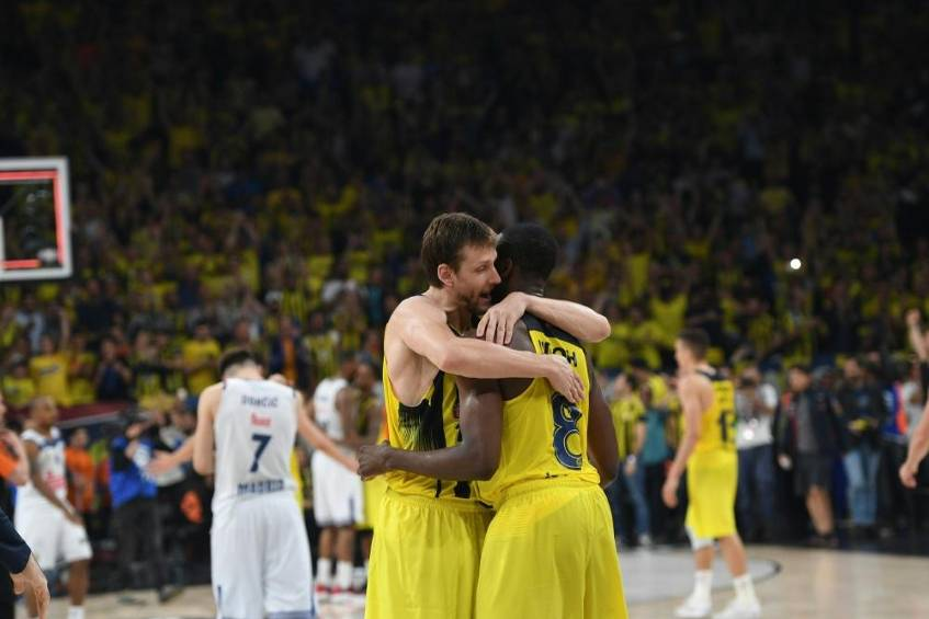 Basketball-EuroLeague: Fenerbahce und Piräus im Finale © SID