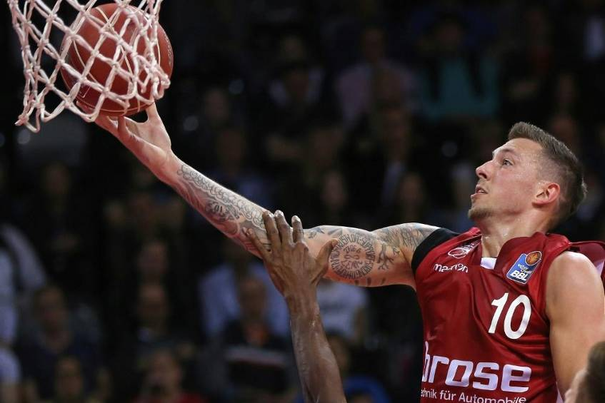 Nationalspieler Theis vor Wechsel zu den Boston Celtics © SID