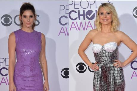 Ashley Greene (l.) und Kristen Bell bei den People's Choice Awards 2017