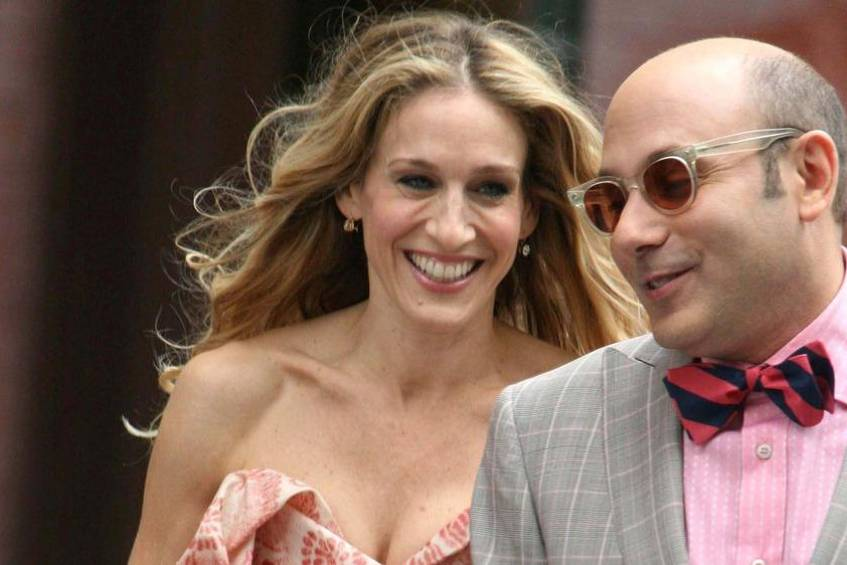 "Sarah Jessica Parker und Willie Garson einst bei Dreharbeiten zu ""Sex and the City"" in New York"
