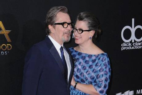 Gary Oldman und Gisele Schmidt bei den Hollywood Film Awards im November 2017