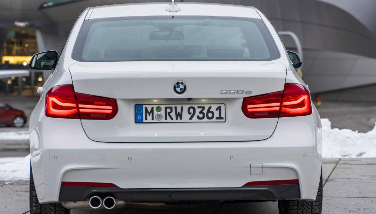 Der Plug-in-Hybrid BMW 330e iPerformance