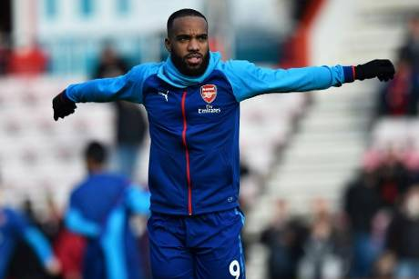 Arsenal wochenlang ohne Angreifer Lacazette