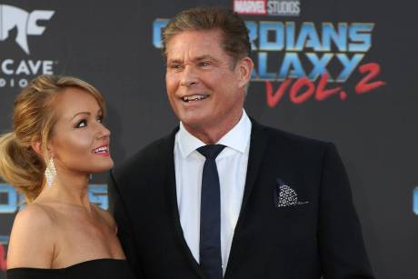 "David Hasselhoff und Hayley Roberts bei der Premiere von ""Guardians of the Galaxy Vol. 2"""