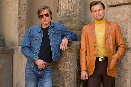 "Rick Dalton (Leonardo DiCaprio, r.) und Cliff Booth (Brad Pitt, l.) in Sony Pictures' ""Once Upon a Time... in Hollywood"" von..."