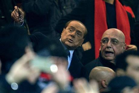 Berlusconi kauft Drittligisten Monza