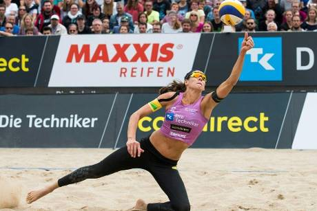 Beachvolleyball-Ass Walkenhorst Mutter von Drillingen