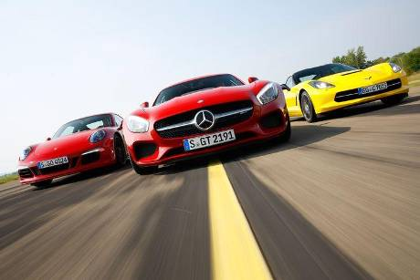 Chevrolet Corvette Stingray, Mercedes-AMG GT, Porsche 911 Carrera GTS