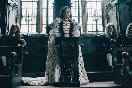 "Olivia Colman als Königin Anne in ""The Favourite - Intrigen und Irrsinn"""