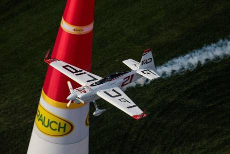 Red Bull Air Race: Dolderer will vorne mitfliegen