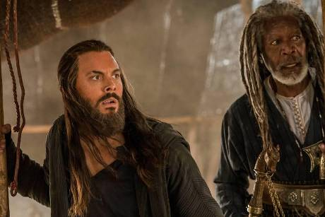 "Hollywood trifft Bibel: Jack Huston (l.) als Judah Ben Hur und Morgan Freeman (r.) als Scheich Ilderim in ""Ben Hur"""