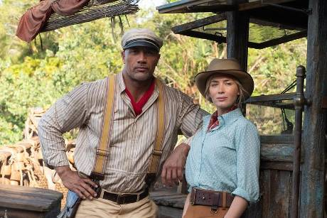 "Dwayne Johnson und Emily Blunt in Disneys ""Jungle Cruise""."