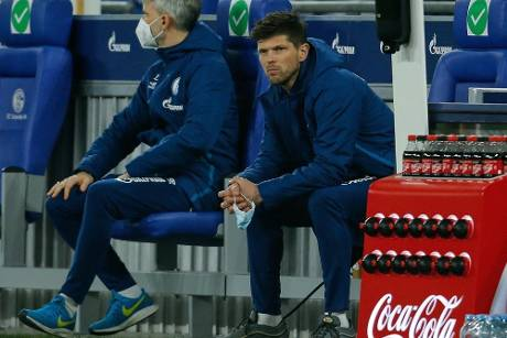Schalke: Huntelaar Option für die Startelf bei Bayer