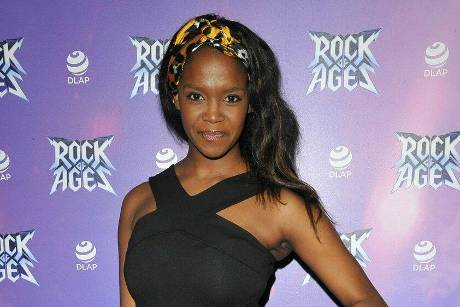 """Oti Mabuse nimmt seit 2015 an der Tanzshow """"Strictly Come Dancing"""" teil."""